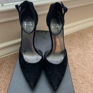 Stuart Weitzman black pointed heel